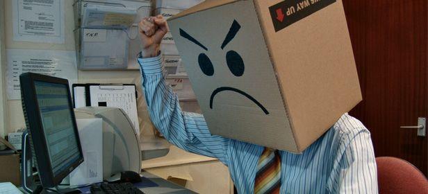 Enfadado ordenador