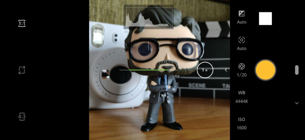 photo square android How to use the pro camera mode on your Android smartphone